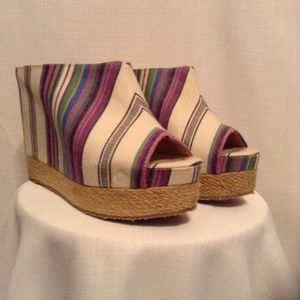 Chinese Laundry Multi Colored Summer Platforms